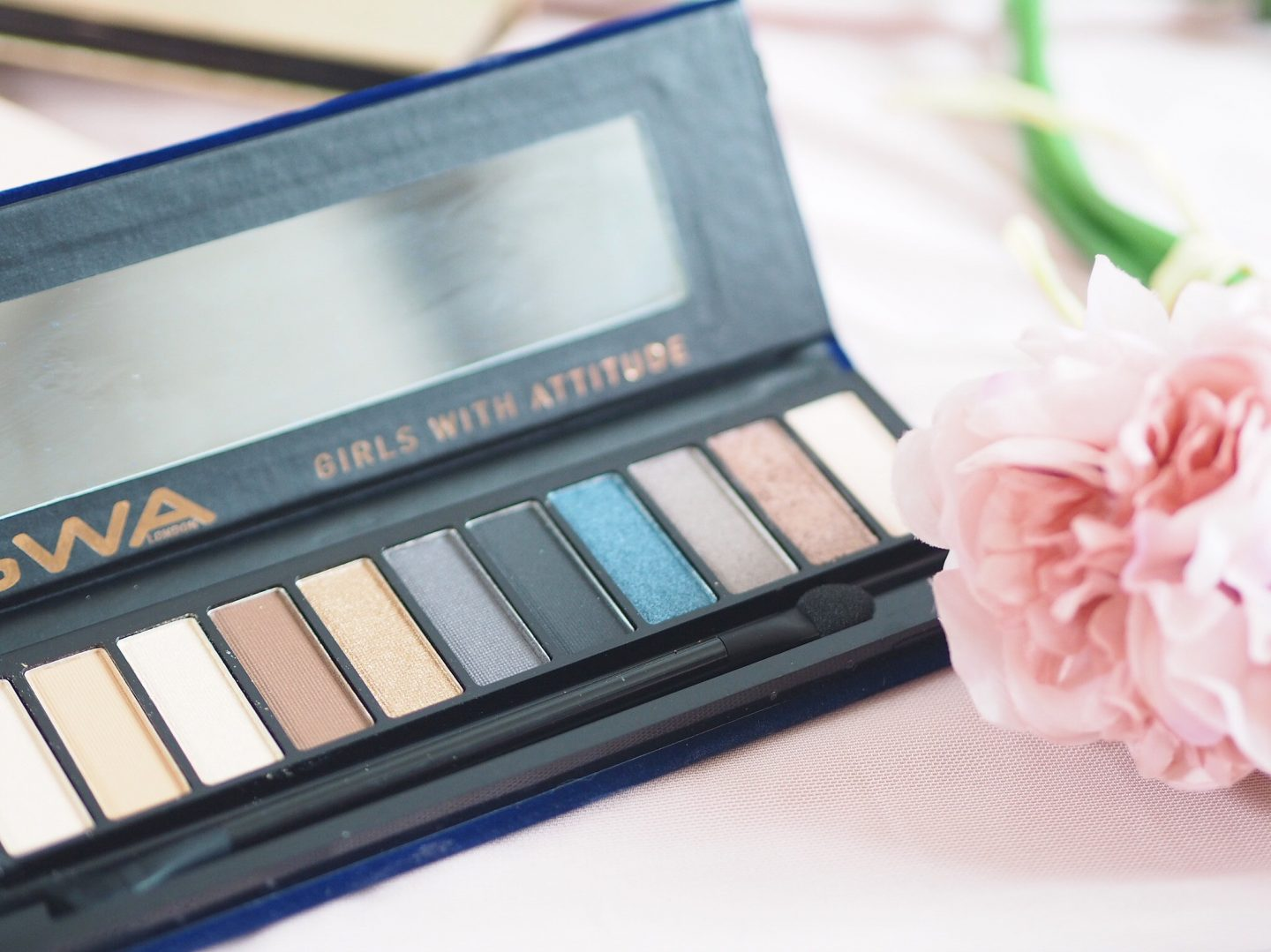 GWA midnight dreams eyeshadow palette