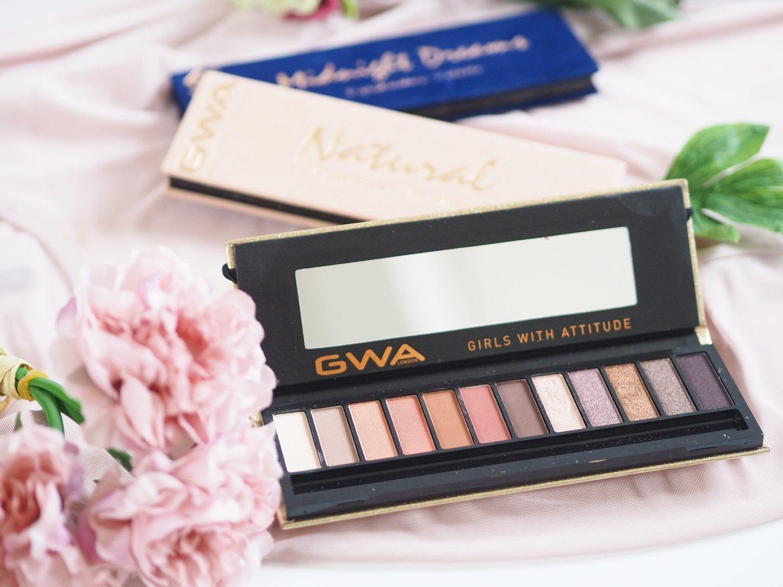 GWA bombshell eyeshadow palette